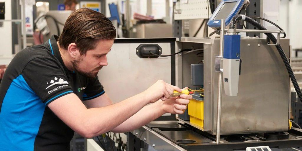 工程师的未来角色:从维护设备到生产顾问